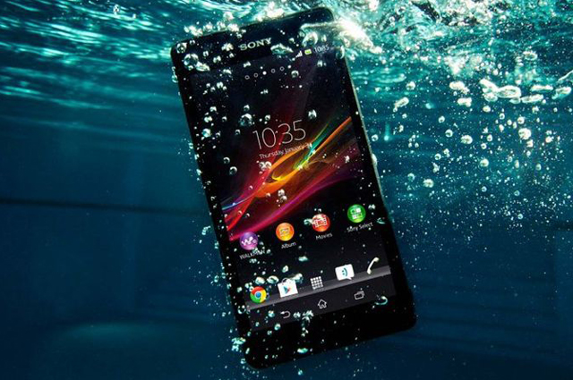 Experience A Waterproof Smartphone With The Sony Xperia ZR